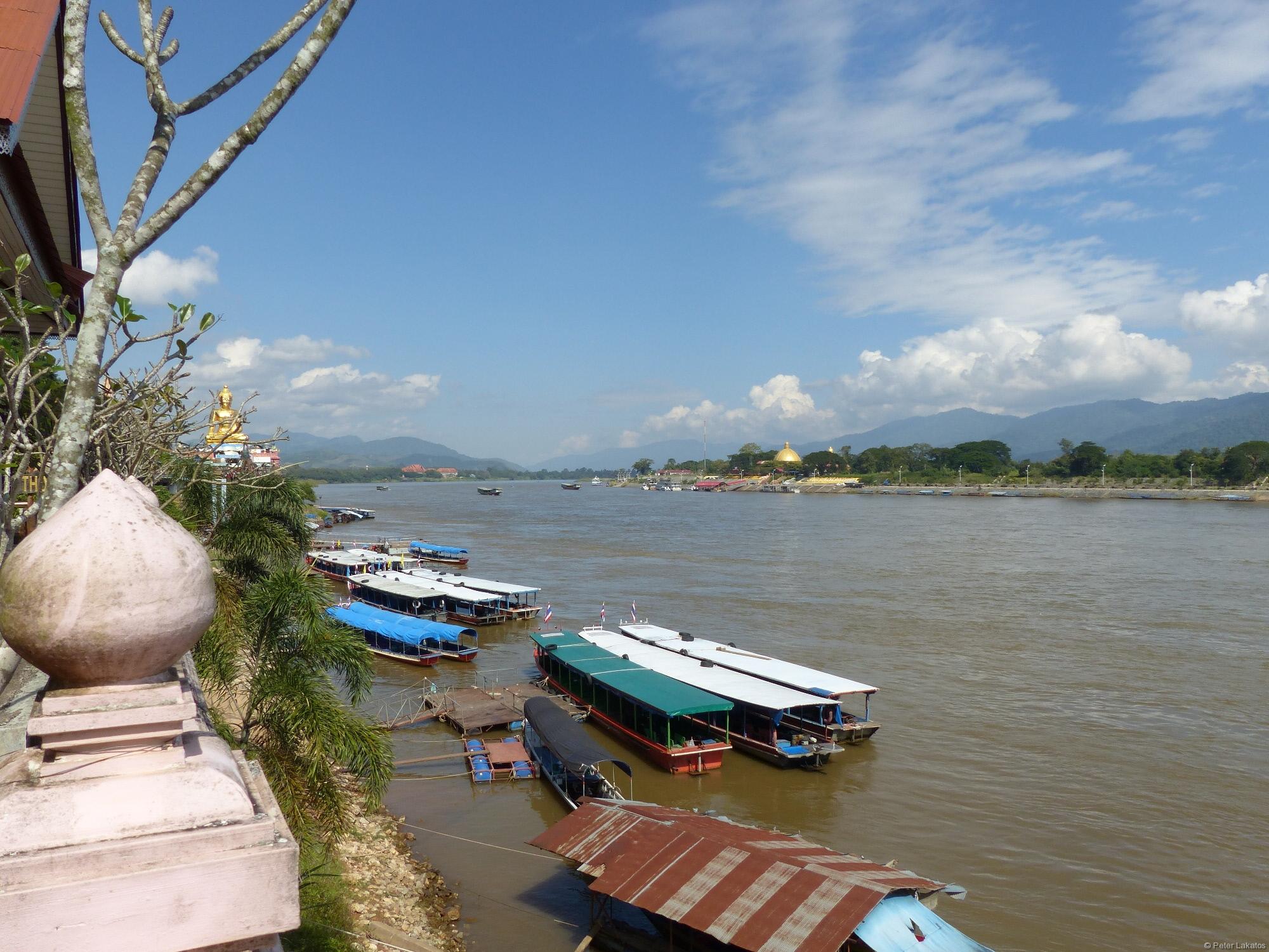 Boote nach Laos