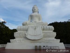 Buddha auf dem Berg