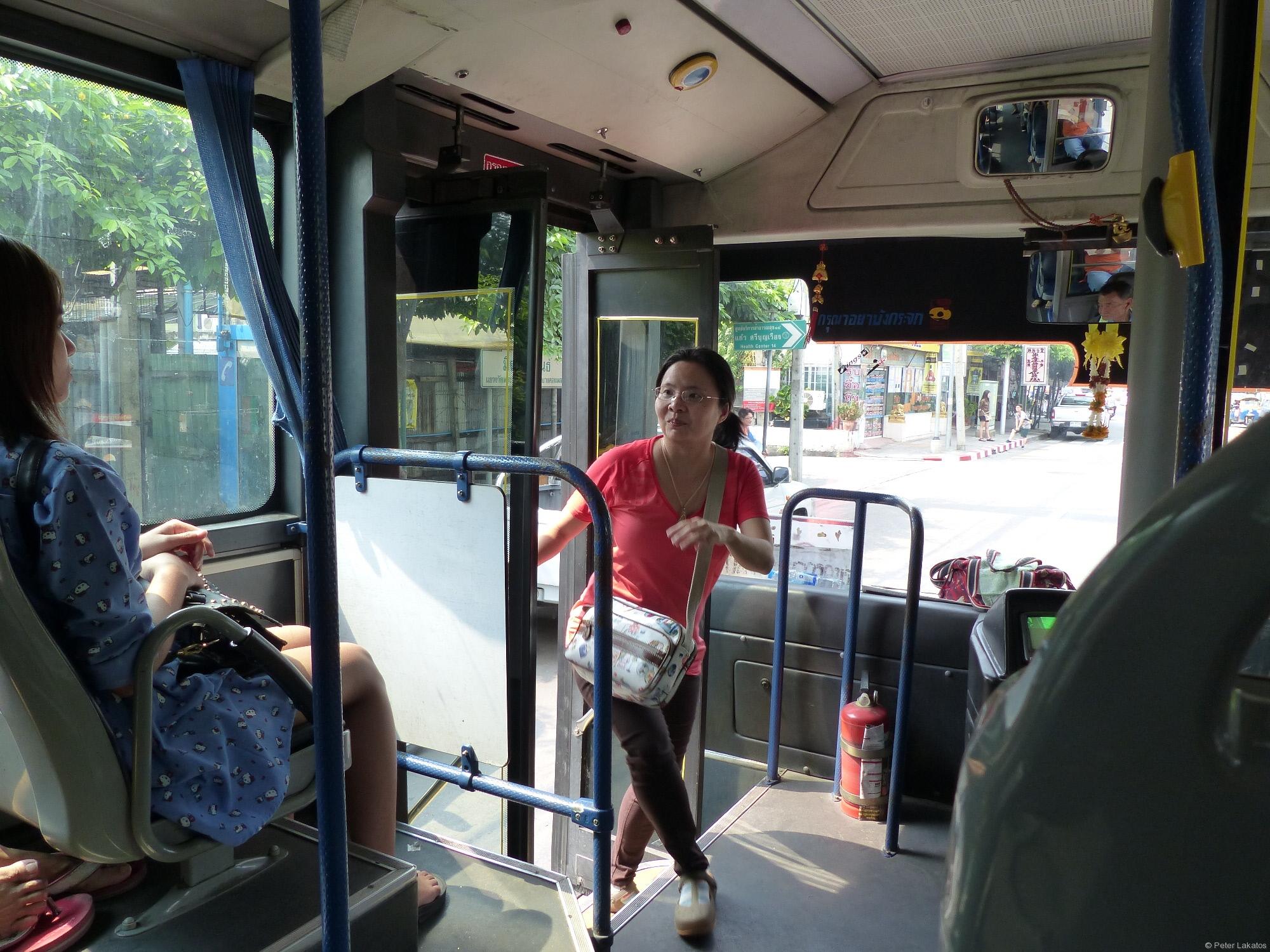Bus fahrt schon los