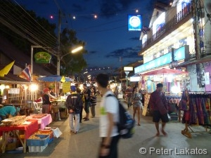 Pai - Walking Street