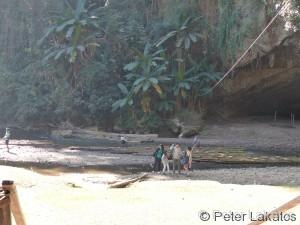 Ausflug zu den Lod Caves