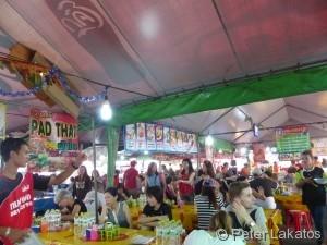 Pad Thai Tom Yam und Reis