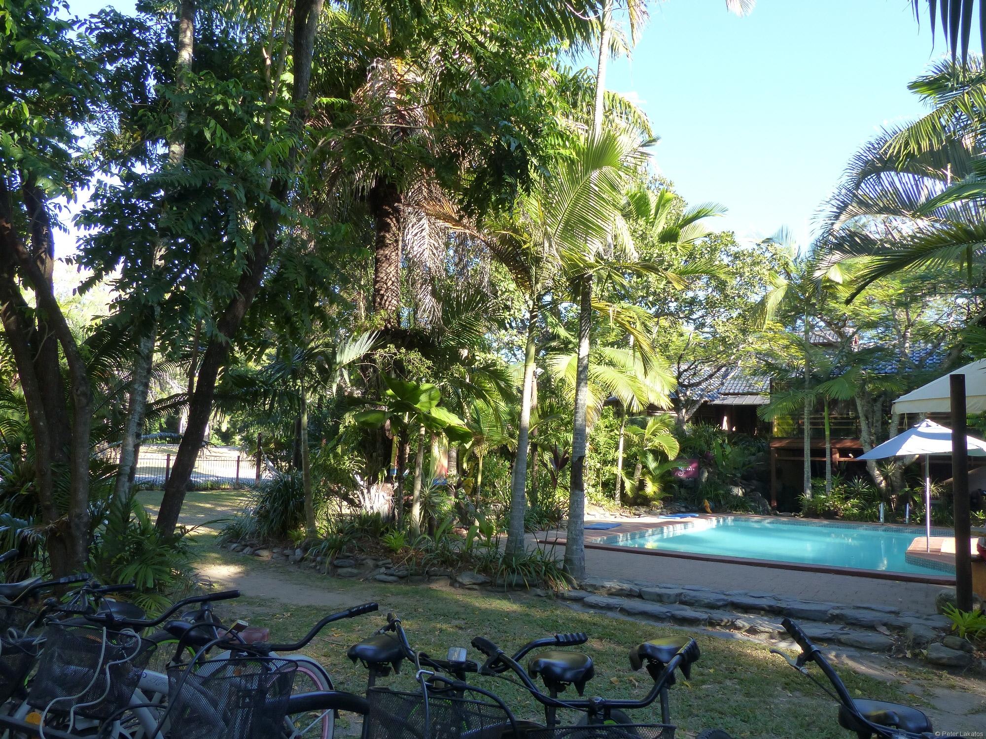 Pool und Fahrrad