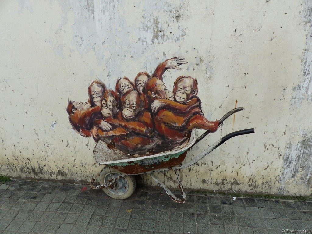 In Kuching dreht sich alles um Orang-Utans