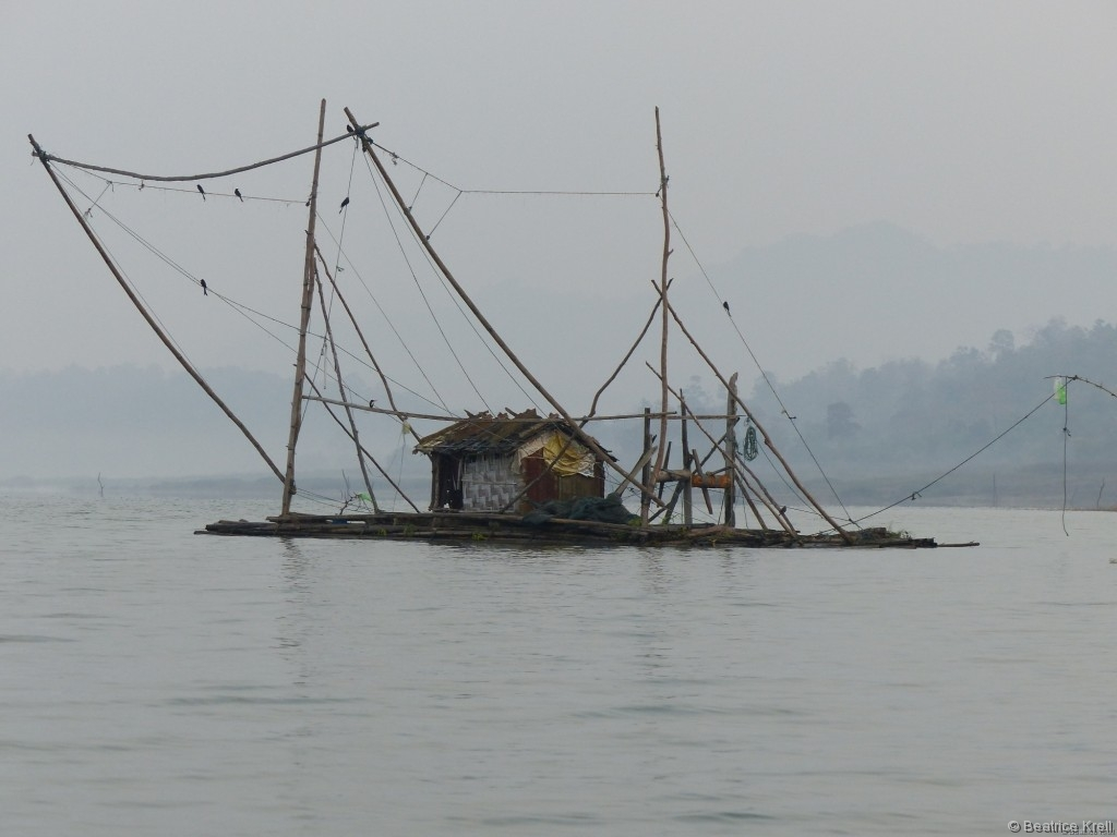 Fischerhütte inmitten des Stausees