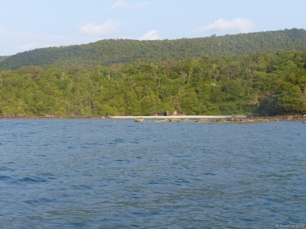 Das Wasser war klar, aber es war nicht vergleichbar mit den Perhentian Inseln.