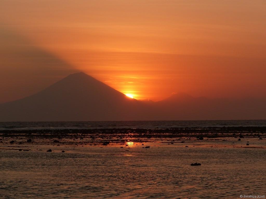 Der Sonnenuntergang auf Gili T. in Indonesien ist ebenso schön.