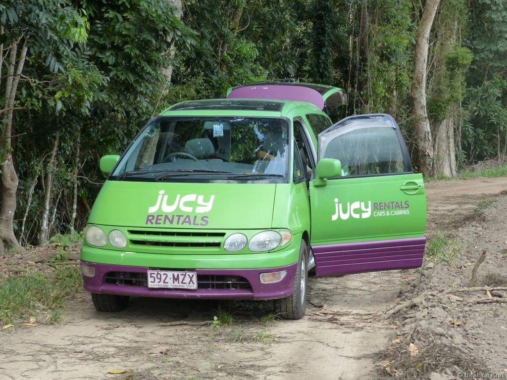 Nach diesen erfreulichen Erfahrungen haben wir uns einen Van gemietet.